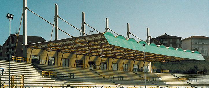 Tribuna campo sportivo, Montegranaro (FM)